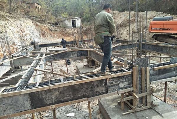 模板钢结构工程