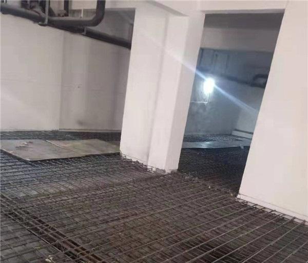 绿城桃源里阁楼楼板施工