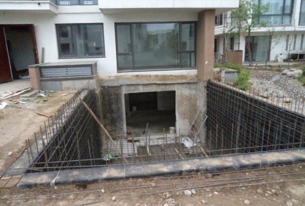 地下室下挖工程