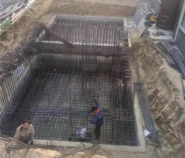 麒麟电梯基础钢筋模板混凝土施工